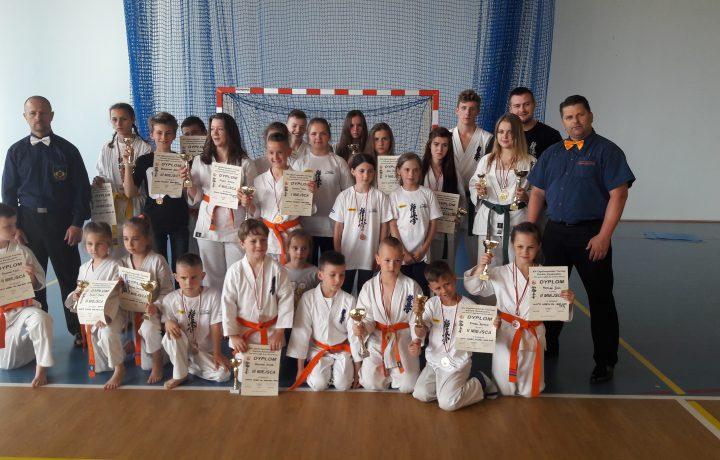 21 medali w Nowym Targu oraz III miejsce drużynowo !!!