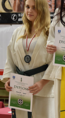Karolina Halat